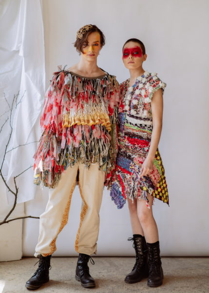 SIRMA look is in the form of a dress, constructed of fused rectangular fabrics made from various pieces of textile waste. The weaving technique is inspired by the traditional women's apron.